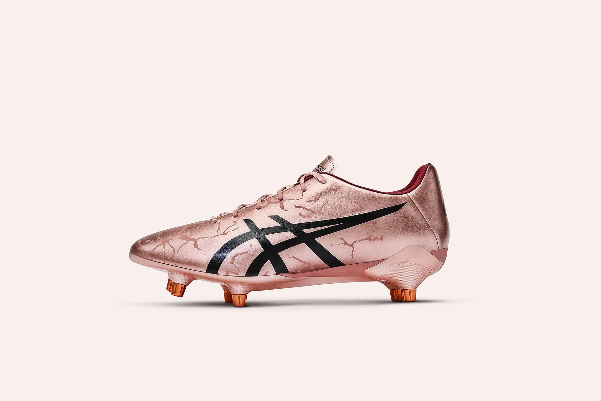 Limited-Edition ASICS Menace 3 SG celebrating the 2019 Rugby World Cup to be held in Japan 2019