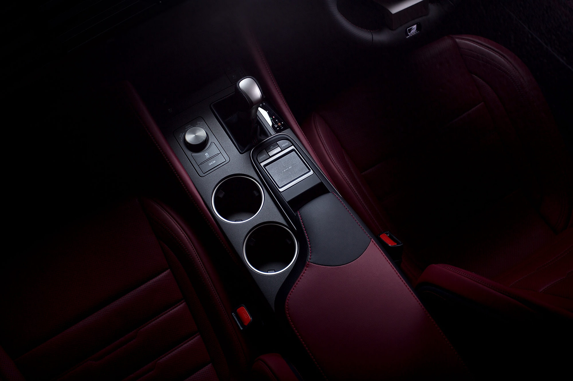 car photography of the latest lexus rc 350 sports coupe photographed in studio using the nikon d810